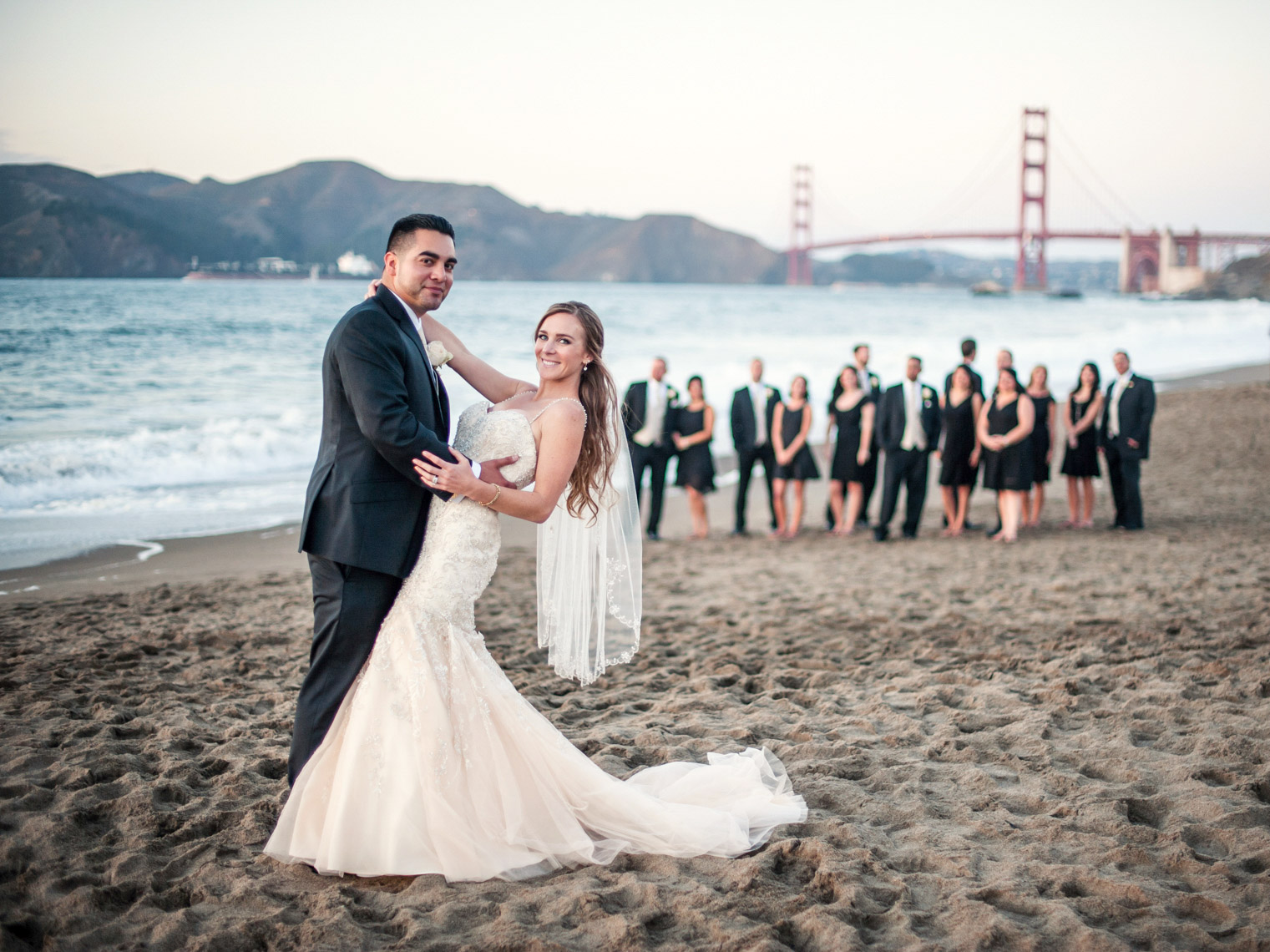 baker-beach-wedding-portrait-golden-gate