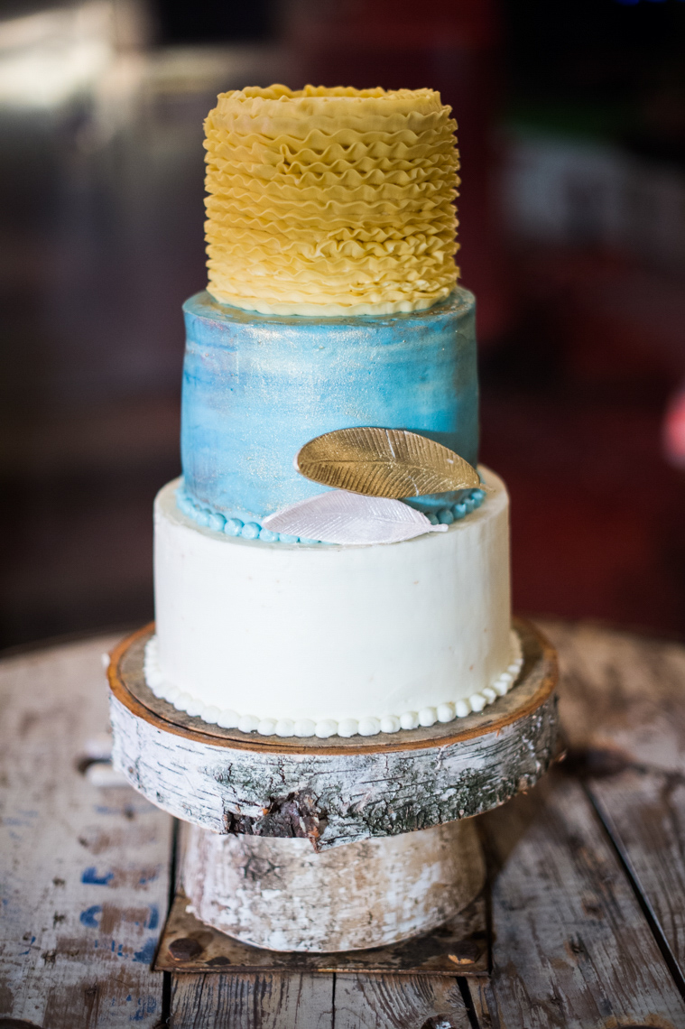 napa wedding cake feather