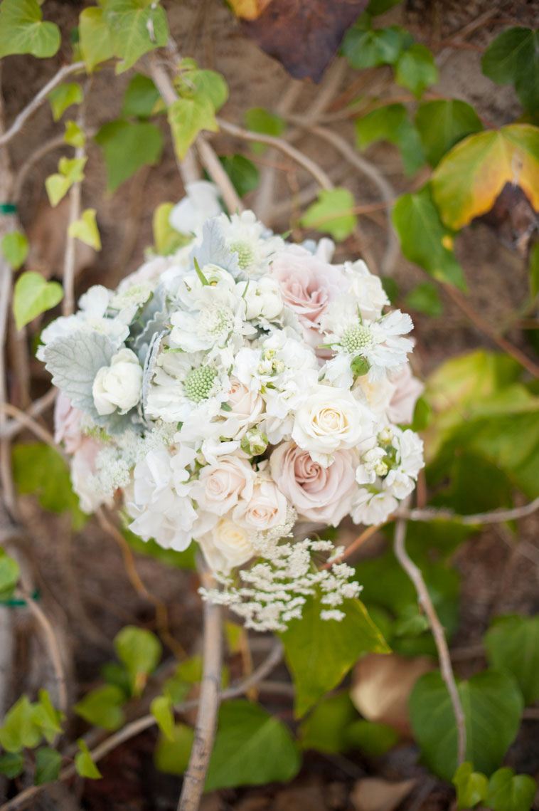 The_Mountain_Winery_saratoga_wedding_venue_flowers